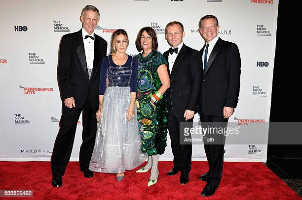 David Van Zandt Sarah Jessica Parker Kay Unger Burak Cakmak and Joel Towers attend the 2016 Parsons Benefit at Chelsea Piers on May 23 2016 in New...