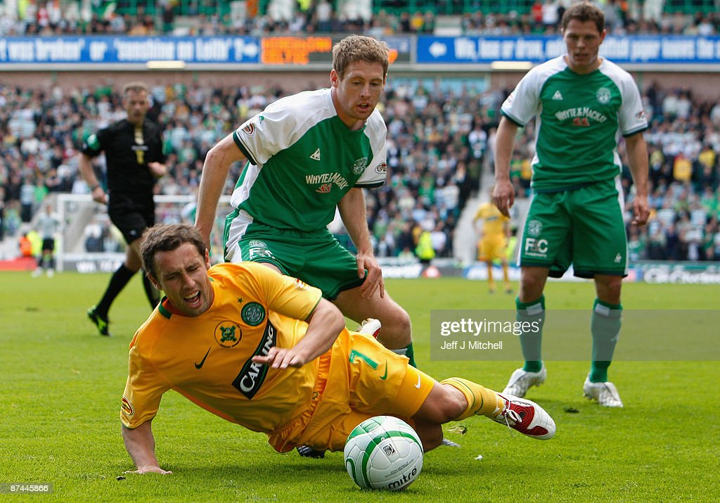 David Van Zanten of Hibernian tackles Scott McDonald of Celtic during the Scottish Premier League match between Hibernian and Celtic at Easter Road on May 17, 2009 in Edinburgh, Scotland.