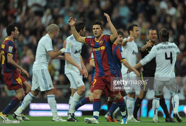 David Villa of Barcelona reacts during the La Liga match between Real Madrid and Barcelona at Estadio Santiago Bernabeu on April 16, 2011 in Madrid,...