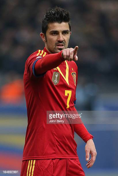 David Villa of Spain in action during the FIFA World Cup 2014 qualifier match between France and Spain at the Stade de France on March 26 2013 in...