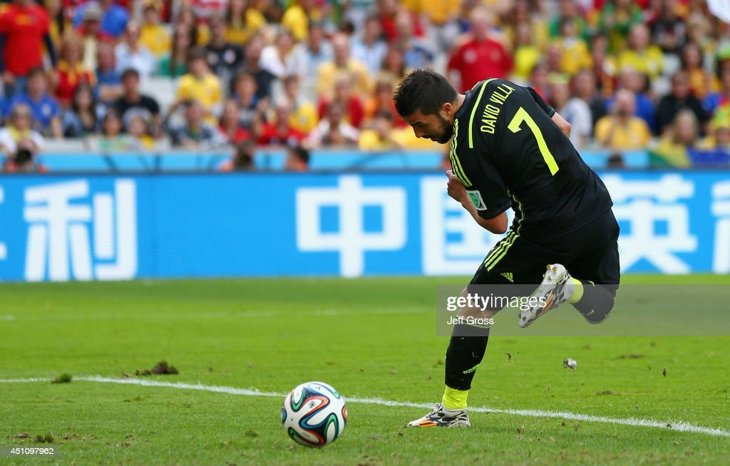 Australia v Spain: Group B - 2014 FIFA World Cup Brazil