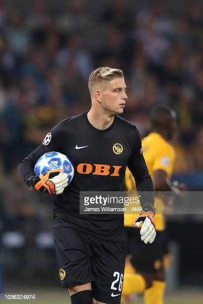 David von Ballmoos of BSC Young Boys during the Group H match of the UEFA Champions League between BSC Young Boys and Manchester United at Stade de...