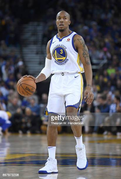 David West of the Golden State Warriors dribbles the ball against the Dallas Mavericks during an NBA basketball game at ORACLE Arena on December 14...
