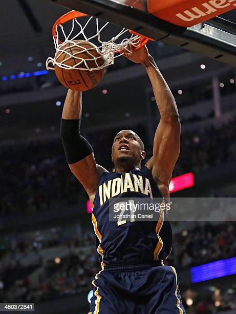 David West of the Indiana Pacers dunks against the Chicago Bulls at the United Center on March 24 2014 in Chicago Illinois The Bulls defeated the...