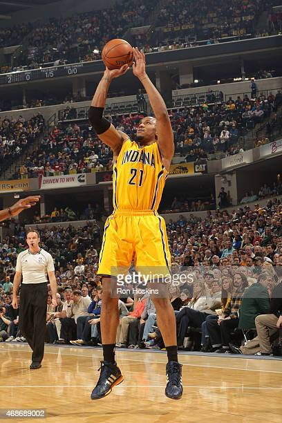 David West of the Indiana Pacers shoots against the Miami Heat at Bankers Life Fieldhouse on April 5 2015 in Indianapolis Indiana NOTE TO USER User...