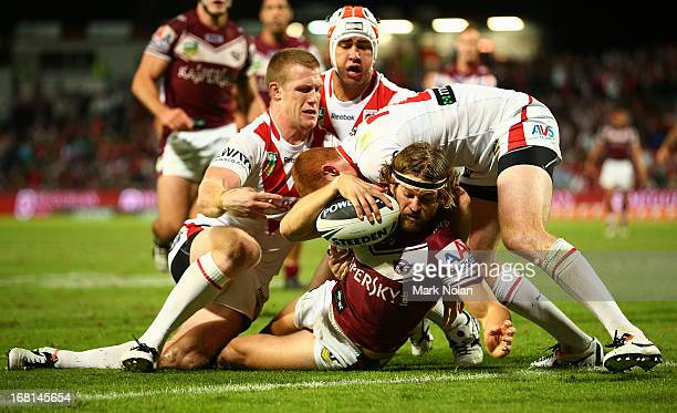 David Williams of the Eagles scores during the round eight NRL match between the St George Illawarra Dragons and the Manly Sea Eagles at WIN Jubilee...