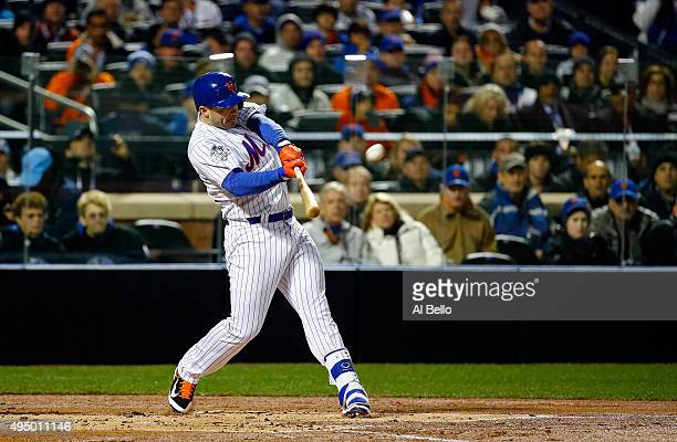 David Wright of the New York Mets hits a two run home run in the first inning against the Kansas City Royals during Game Three of the 2015 World...