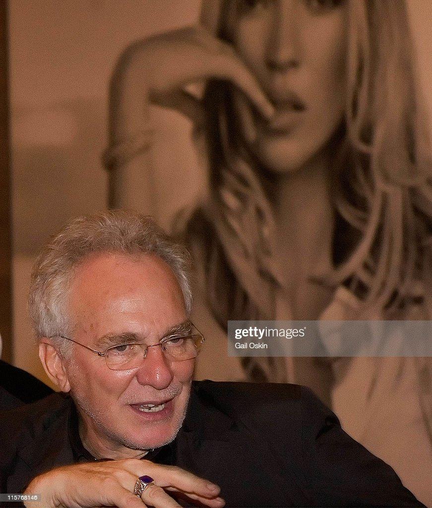 David Yurman and ICA VIP Dinner : News Photo