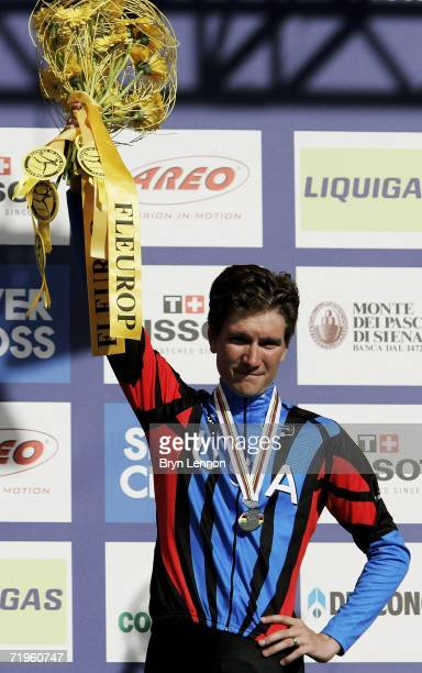 David Zabriskie of the USA celebrates finishing 2nd in the Elite Men's Time Trial during the 2006 UCI Road World Championships on September 21 2006...