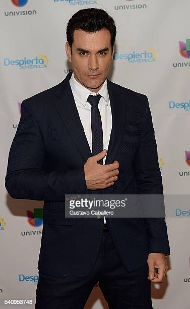 David zepeda pictures and photos getty images david zepeda is seen on the set of despierta america at univision studios on thecheapjerseys Images