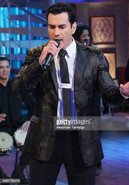 David zepeda pictures and photos getty images david zepeda is seen performing on the set of el gordo y la flaca thecheapjerseys Images