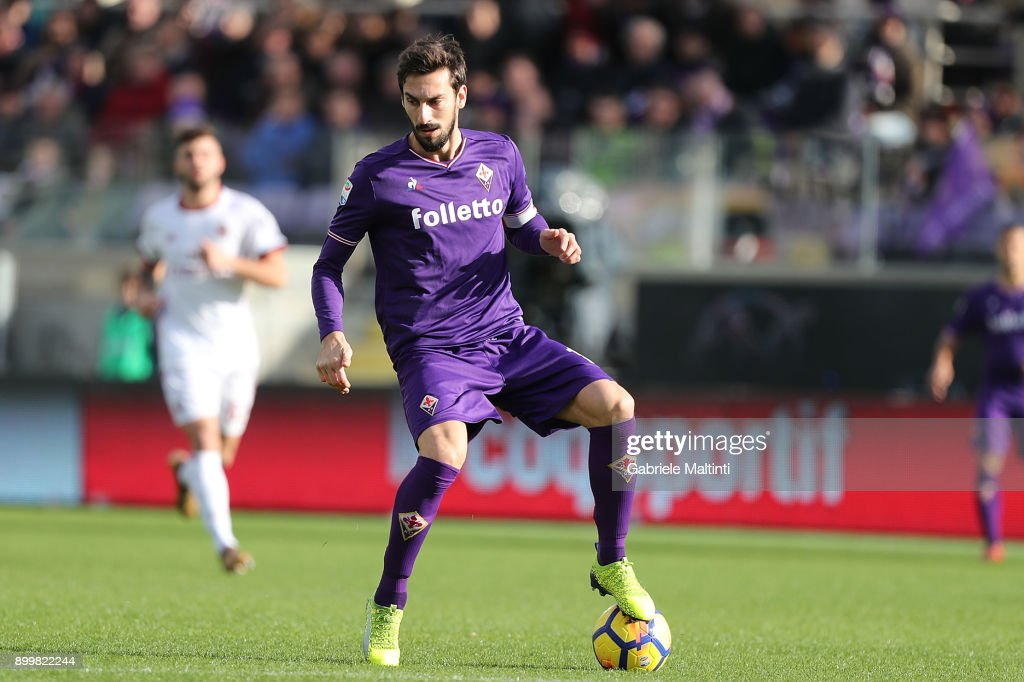 Davide Astori of ACF Fiorentina in action during the serie A match between ACF Fiorentina and AC Milan at Stadio Artemio Franchi on December 30, 2017 in Florence, Italy.