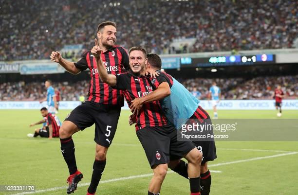Davide Calabria and Patrick Cutrone Giacomo Bonaventura celebrate the 02 goal scored by Davide Calabria during the serie A match between SSC Napoli...