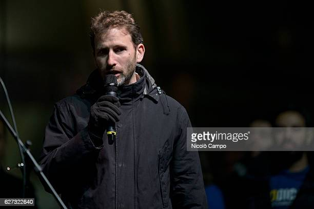 Davide Casaleggio speaks during a demonstration to support the 'No' to the constitutional referendum Italians will be called on December 4 to vote in...