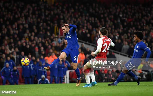 Davide Zappacosta of Chelsea shoots and hits the cross bar during the Premier League match between Arsenal and Chelsea at Emirates Stadium on January...