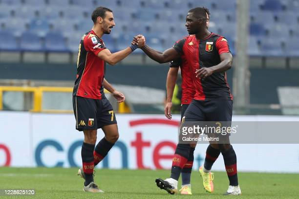 Davide Zappacosta of Genoa CFC celebrates after scoring a goal during the Serie A match between Genoa CFC and FC Crotone at Stadio Luigi Ferraris on...