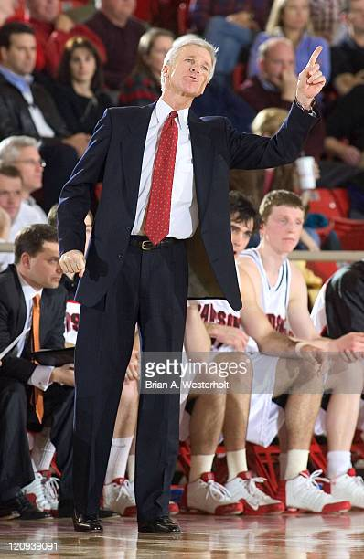 Davidson head coach Bob McKillop gives instructions to his team during second half action versus Chattanooga at Belk Arena in Davidson, North...