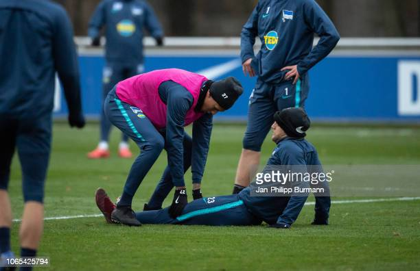 Davie Selke and Arne Maier of Hertha BSC during the training session at Schenkendorfplatz on November 26 2018 in Berlin Germany