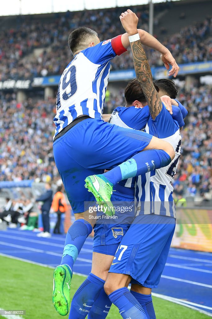 Davie Selke of Berlin (r) celebrates after he scored a goal to make it 2:1 during the Bundesliga match between Hertha BSC and 1. FC Koeln at Olympiastadion on April 14, 2018 in Berlin, Germany.