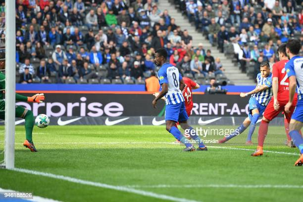 Davie Selke of Berlin scores a goal to make it 11 during the Bundesliga match between Hertha BSC and 1 FC Koeln at Olympiastadion on April 14 2018 in...