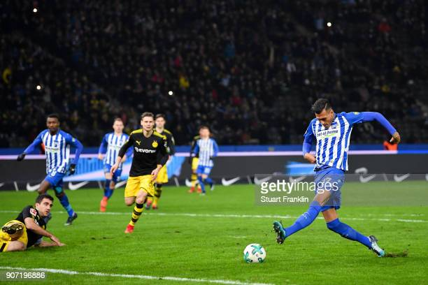 Davie Selke of Hertha Berlin scores his team's first goal to make it 10 during the Bundesliga match between Hertha BSC and Borussia Dortmund at...