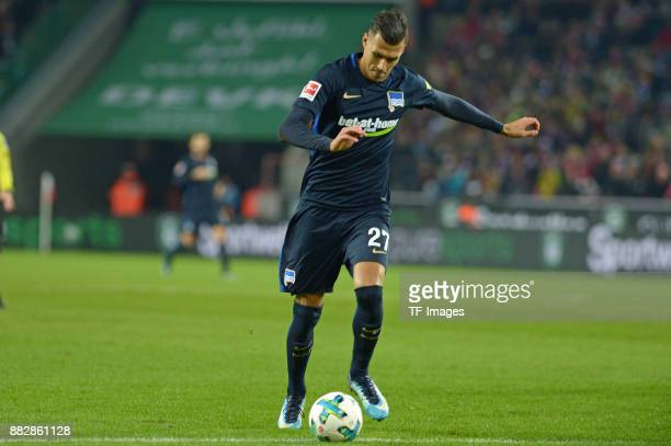 Davie Selke of Hertha BSC Berlin controls the ball during the Bundesliga match between 1 FC Koeln and Hertha BSC at RheinEnergieStadion on November...