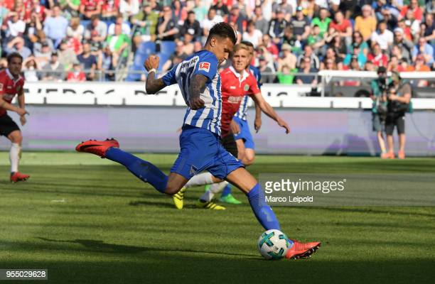 Davie Selke of Hertha BSC goals to 31 during the Bundesliga game between Hannover 96 and Hertha BSC at HDI Arena on May 5 2018 in Hannover Germany