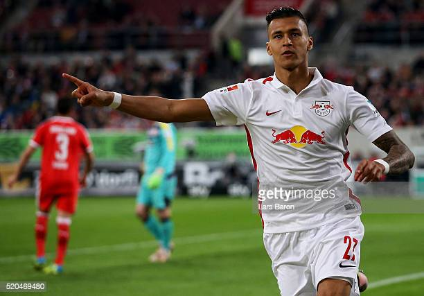 Davie Selke of Leipzig celebrates after scoring his teams second goal during the Second Bundesliga match between Fortuna Duesseldorf and RB Leipzig...