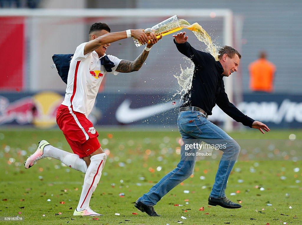 RB Leipzig v Karlsruher SC -  2. Bundesliga : News Photo
