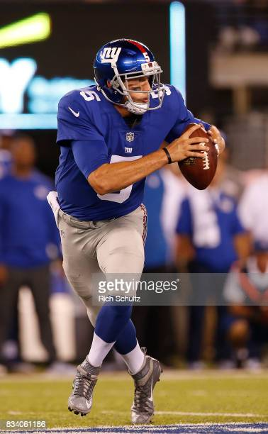 Davis Webb of the New York Giants in action during an NFL preseason game against the Pittsburgh Steelers at MetLife Stadium on August 11 2017 in East...