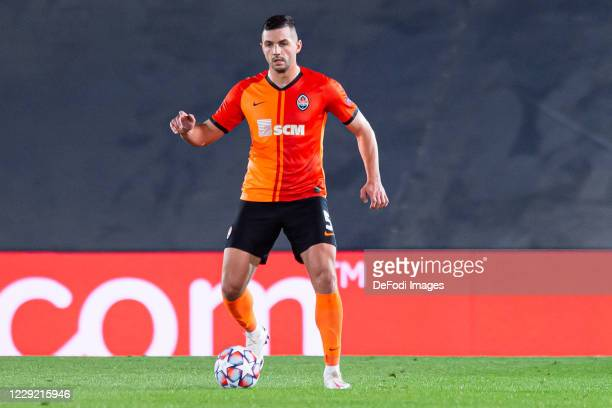 Davit Khocholava of FC Shakhtar Donetsk controls the ball during the UEFA Champions League Group B stage match between Real Madrid and Shakhtar...