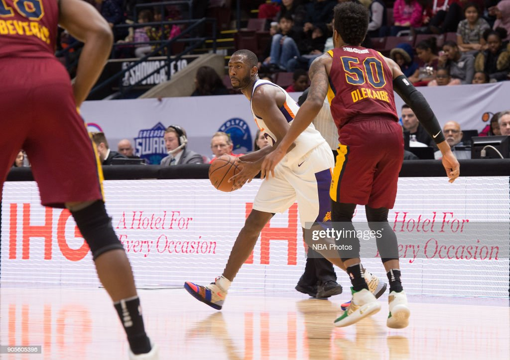 Davon Reed #32 of the Northern Arizona Suns looks to pass the ball against the Canton Charge during the NBA G-League Showcase on January 12, 2018 at the Hershey Centre in Mississauga, Ontario Canada.