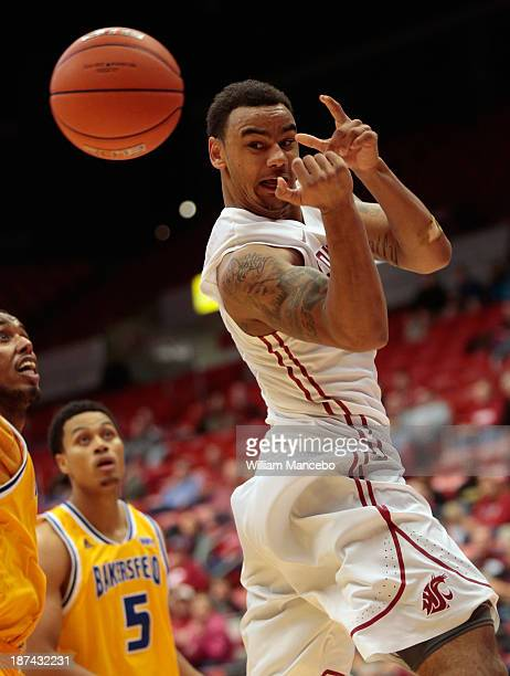 Davonte Lacy of the Washington State Cougars passes the ball against the Cal State Bakersfield Roadrunners during the second half of the game at...