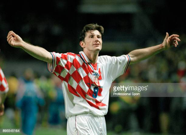 Davor Suker of Croatia celebrates his goal during the 1998 FIFA World Cup group match between Jamaica and Croatia at the Stade FélixBollaert on June...