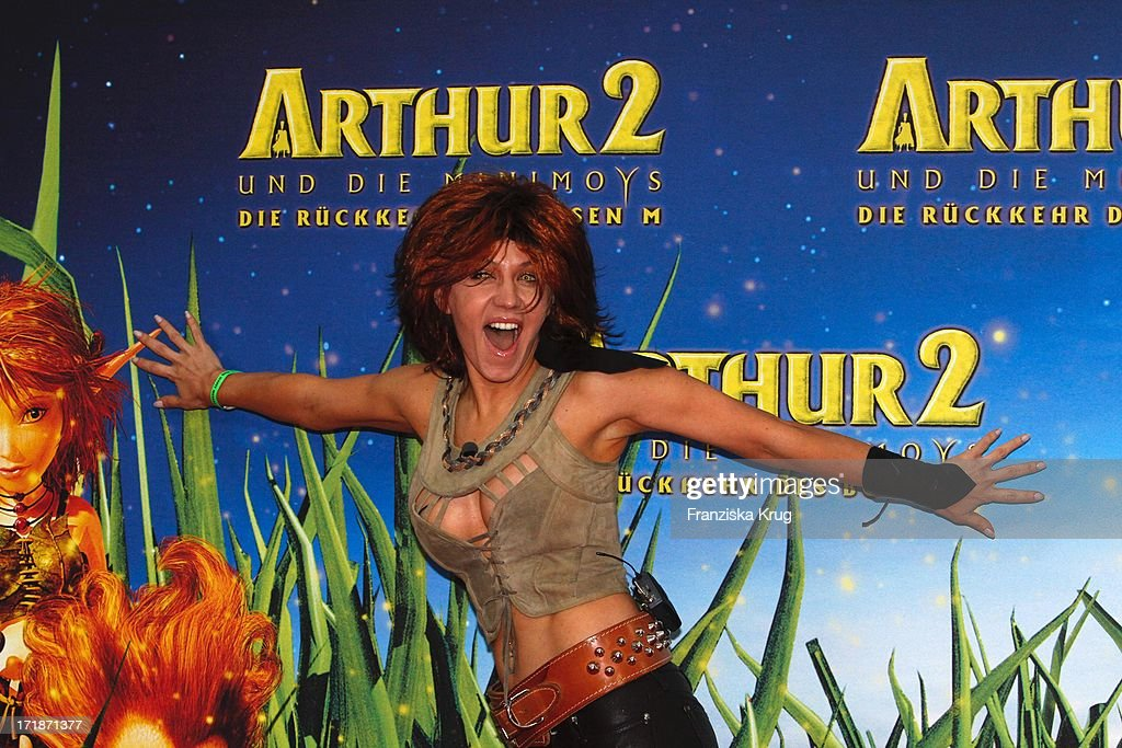 Davorka Tovilo At The Premiere Of Movie Arthur And The Invisibles News Photo Getty Images