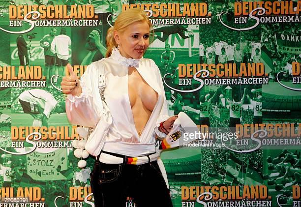 Deutschland Ein Sommermärchen Film Title Stock Fotos Und Bilder