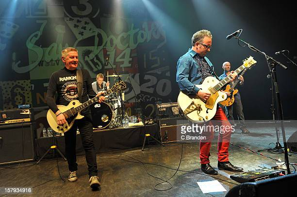 Davy Carton Rickie O'Neill Leo Moran and Anthony Thistlewaite of The Saw Doctors perform on stage at O2 Shepherd's Bush Empire on December 7 2012 in...