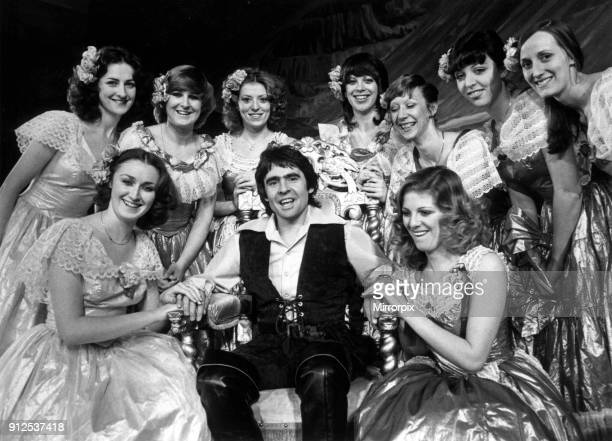 Davy Jones with girls from the show Jack and the Beanstalk at the Liverpool Empire December 1979