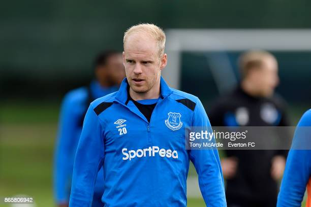 Davy Klaassen during the Everton training session at USM Finch Farm on October 24 2017 in Halewood England