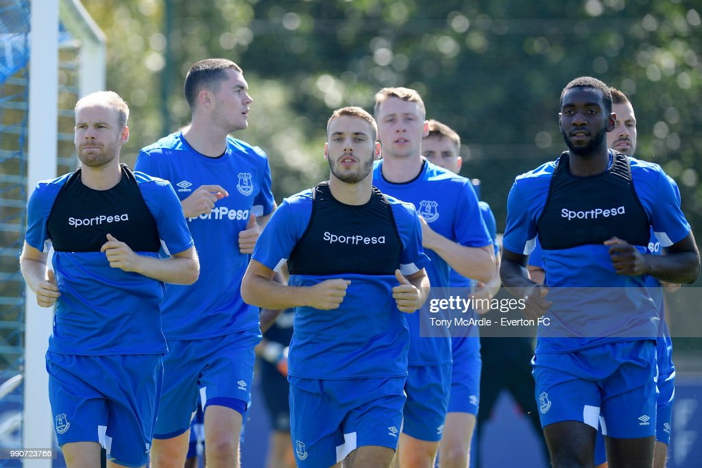 Davy Klaassen (L) Michael Keane Nikola Vlasic Matthew Pennington and Yannick Bolasie (R) during the Everton training session at USM Finch Farm on July 3, 2018 in Halewood, England.