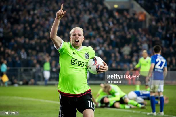 Davy Klaassen of Ajaxduring the UEFA Europa League quarter final match between Schalke 04 and Ajax Amsterdam on April 20 2017 at the VeltinsArena in...