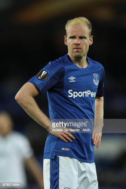 Davy Klaassen of Everton during the UEFA Europa League group E match between Everton FC and Atalanta at Goodison Park on November 23 2017 in...