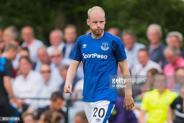 Davy Klaassen of Everton FC during the friendly match between FC Twente and Everton FC at sportpark De Stockakker on July 19 2017 in De Lutte The...
