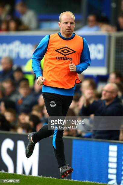 Davy Klaassen of Everton warms up during the Premier League match between Everton and Brighton and Hove Albion at Goodison Park on March 10 2018 in...
