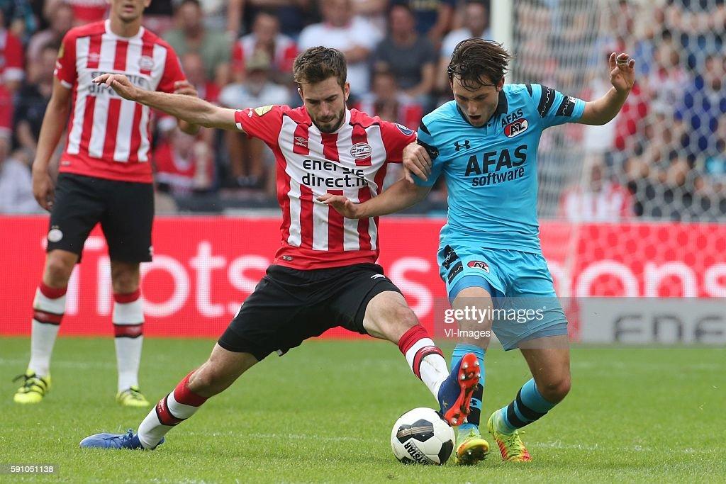 """Dutch Eredivisie - """"PSV v AZ"""" : News Photo"""
