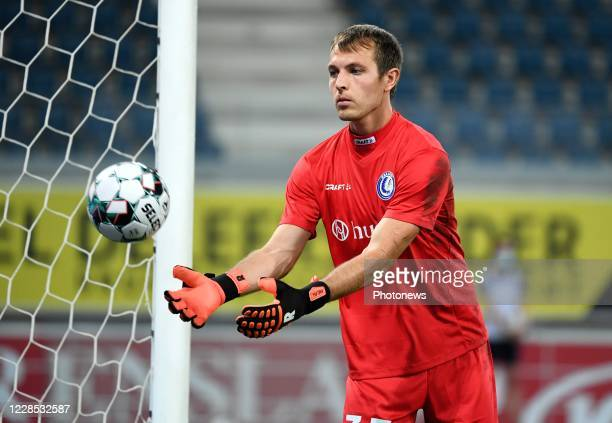 Davy Roef goalkeeper of KAA Gent during the UEFA Champions League third qualifying round match between KAA Gent and SK Rapid Wien on September 15,...