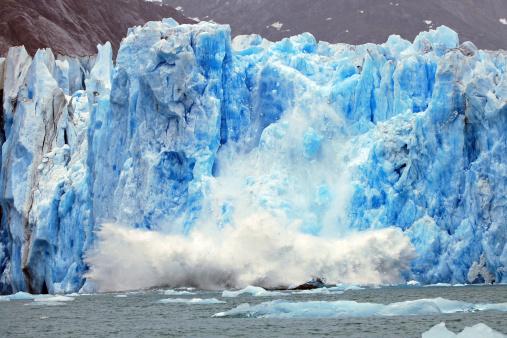 Dawes Glacier calving 157308102