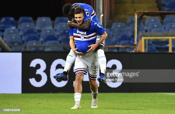 Dawid Kownacki of Sampdoria celebrates after scoring the second goal of his team during the Coppa Italia match between UC Sampdoria and Spal at...