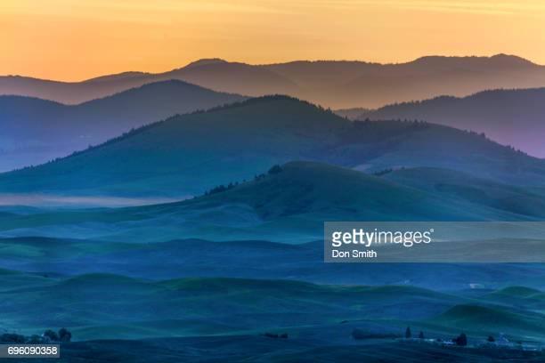 dawn at palouse hills - don smith imagens e fotografias de stock
