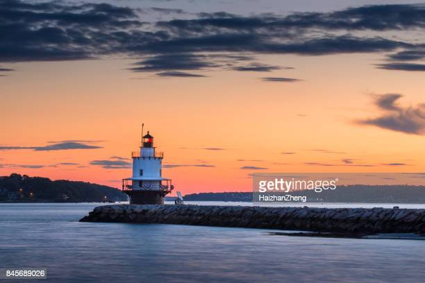 dawn at spring point ledge lighthouse - portland maine stock pictures, royalty-free photos & images